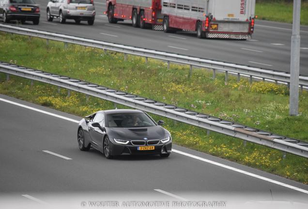 BMW i8 Carbon Edition