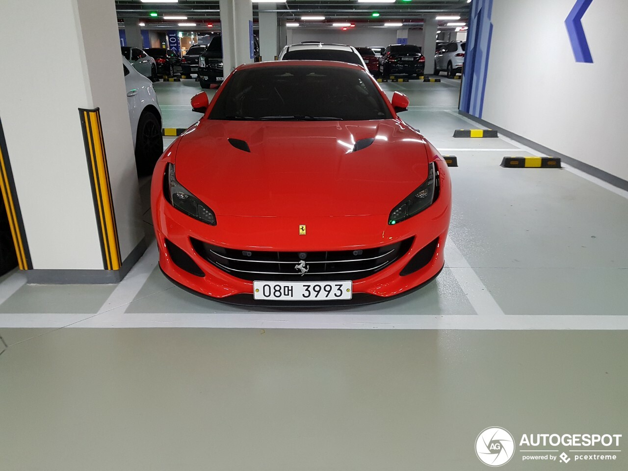 ferrari portofino 2 janvier 2019 autogespot. Black Bedroom Furniture Sets. Home Design Ideas