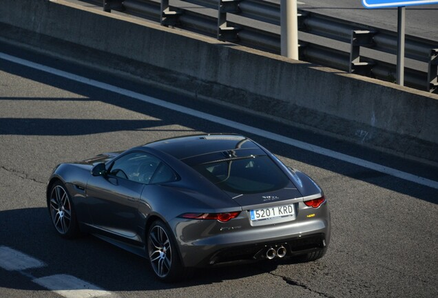Jaguar F-TYPE 400 Sport Coupé