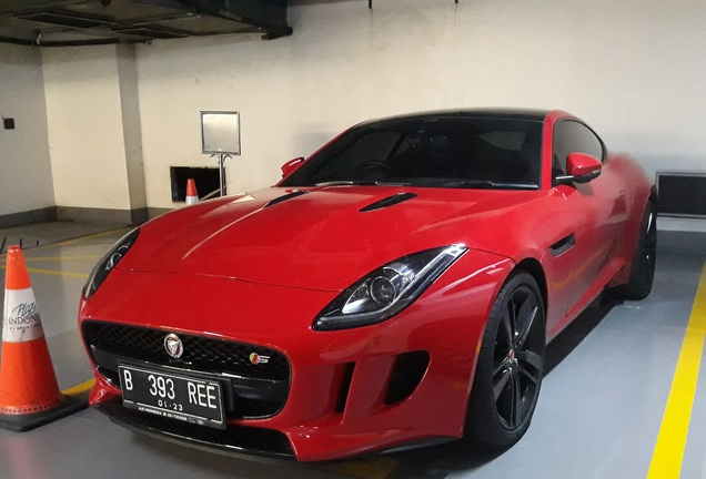 Jaguar F-TYPE S Coupé 2017