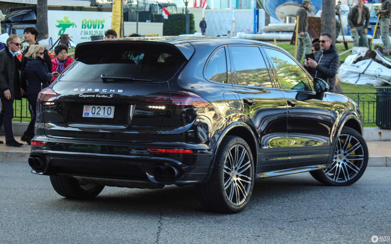 Porsche cayenne turbo s 2019