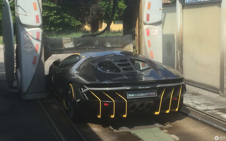 Lamborghini Centenario LP770-4
