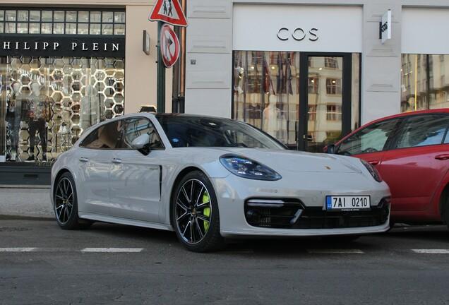 Porsche 971 Panamera Turbo S E-Hybrid Sport Turismo
