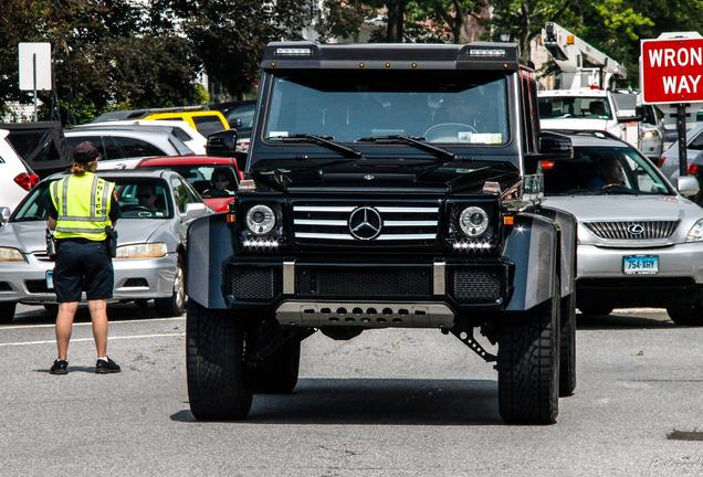 Mercedes-Benz G 550 4X4²