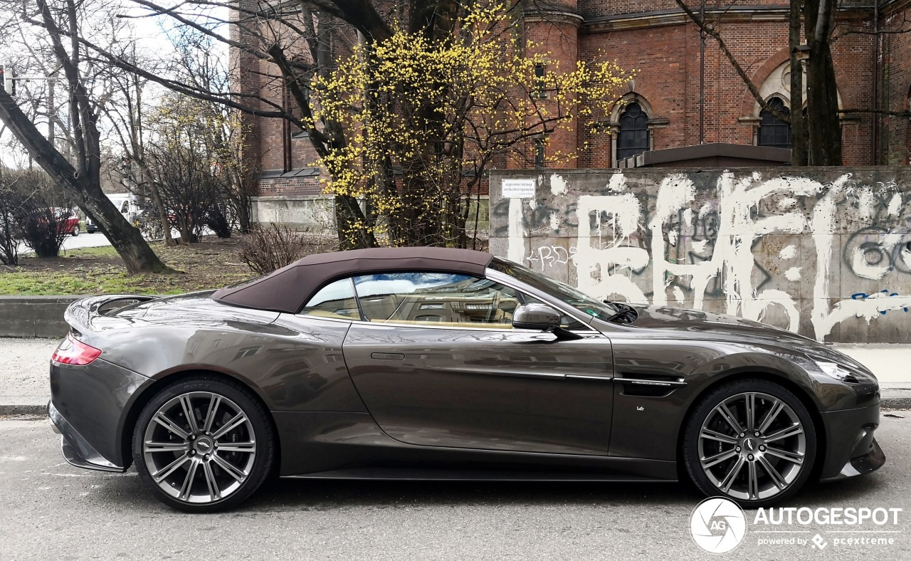 Aston Martin Vanquish S Volante 2017 Ultimate Edition