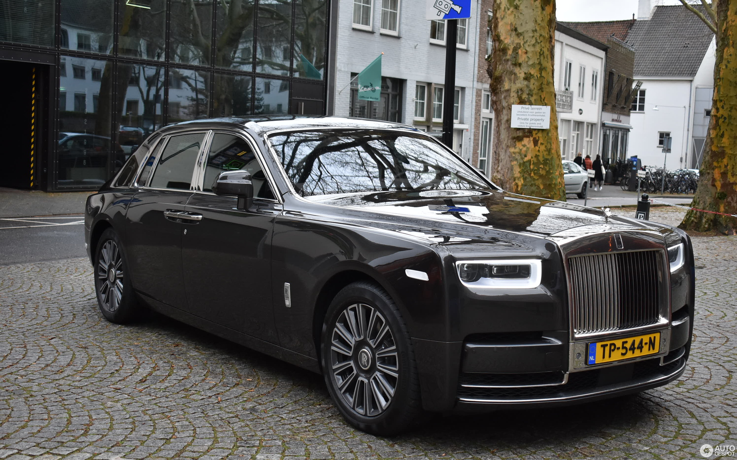 Rolls-Royce Phantom VIII - 13 March 2019 - Autogespot