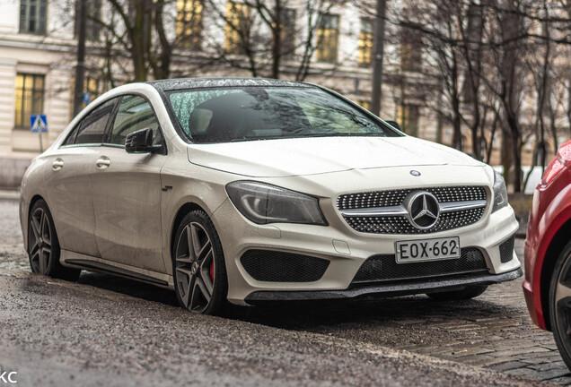 Mercedes-Benz CLA 45 AMG C117