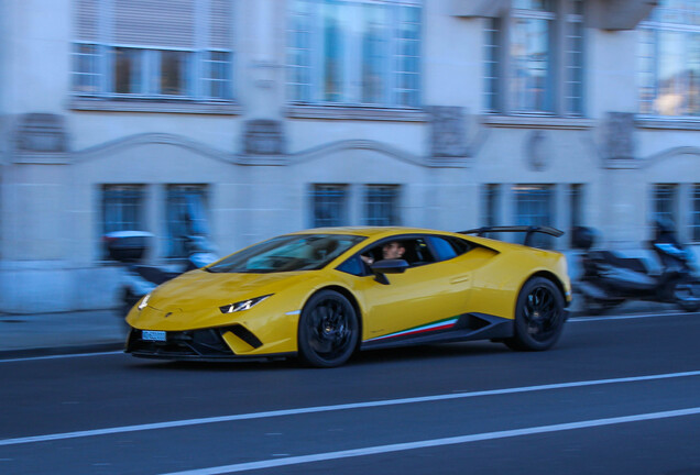 Lamborghini Huracan LP 640-4 Performante Coupe