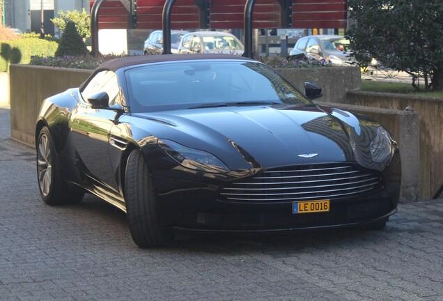 Aston MartinDB11 Volante V8