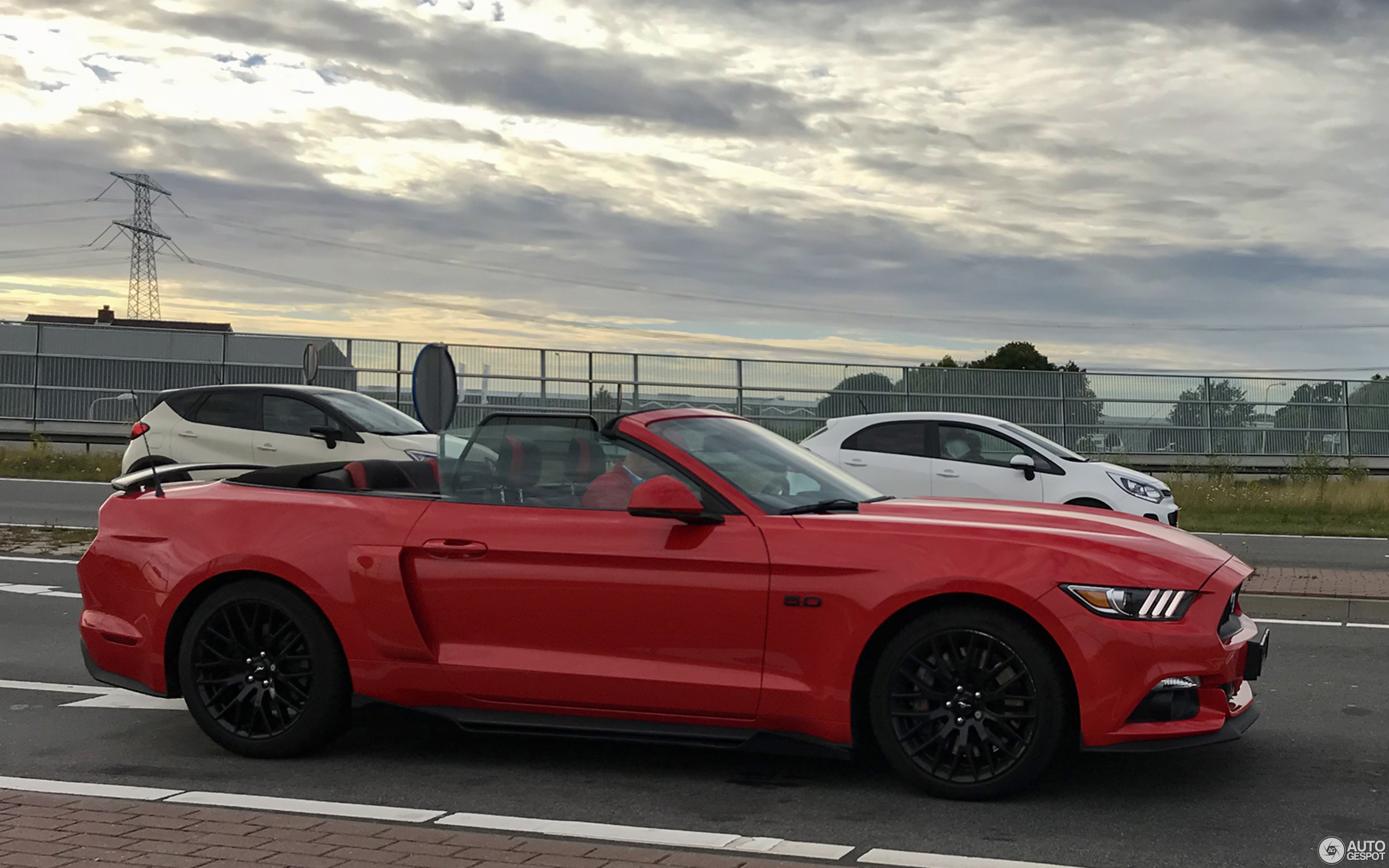 Ford Mustang Gt Convertible 2015 29 March 2019 Autogespot