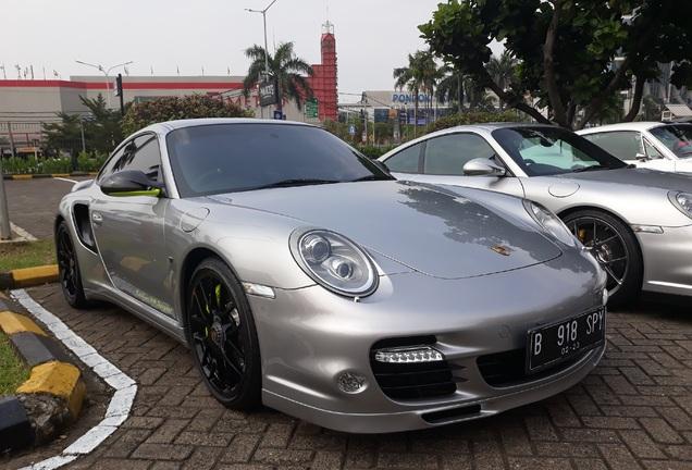 Porsche 997 Turbo S 918 Spyder Edition