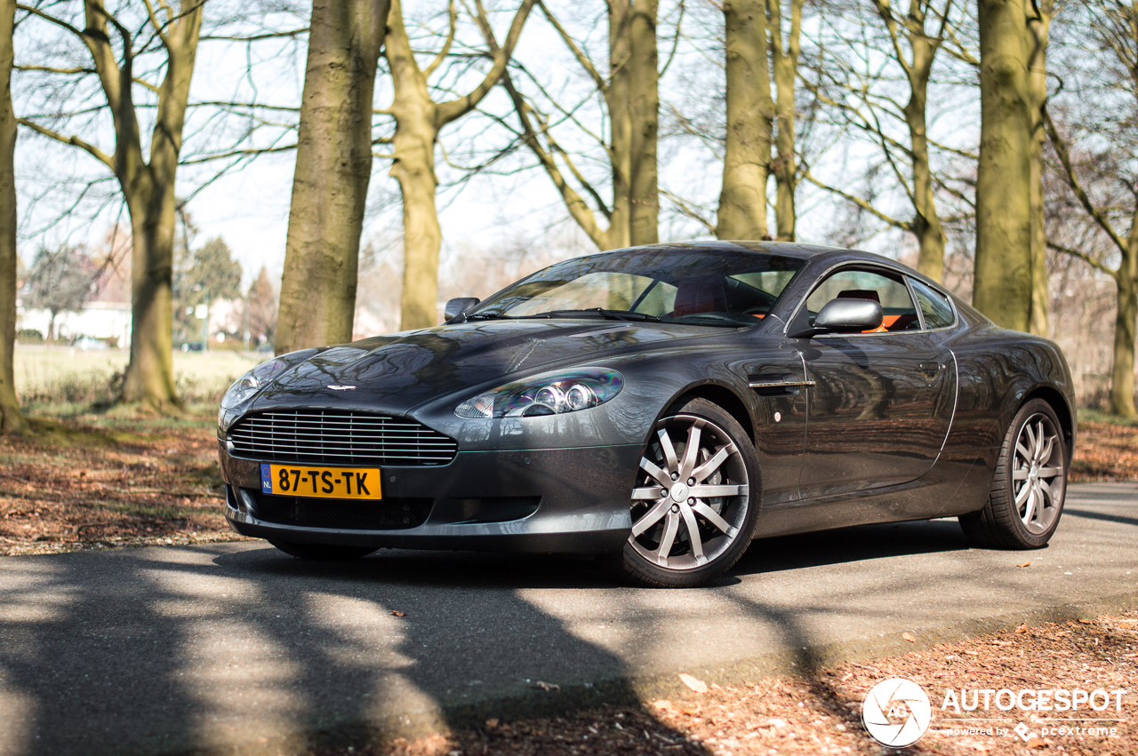 Aston Martin DB9 - 13 april 2019 - Autogespot