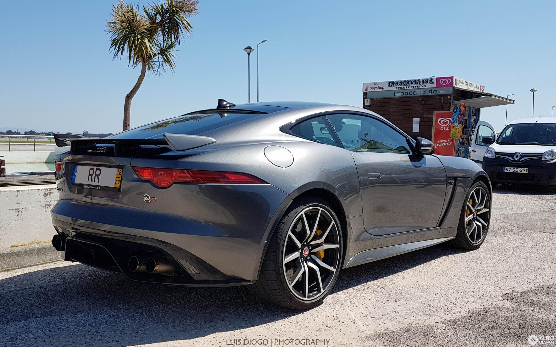 Jaguar F-TYPE SVR Coupé