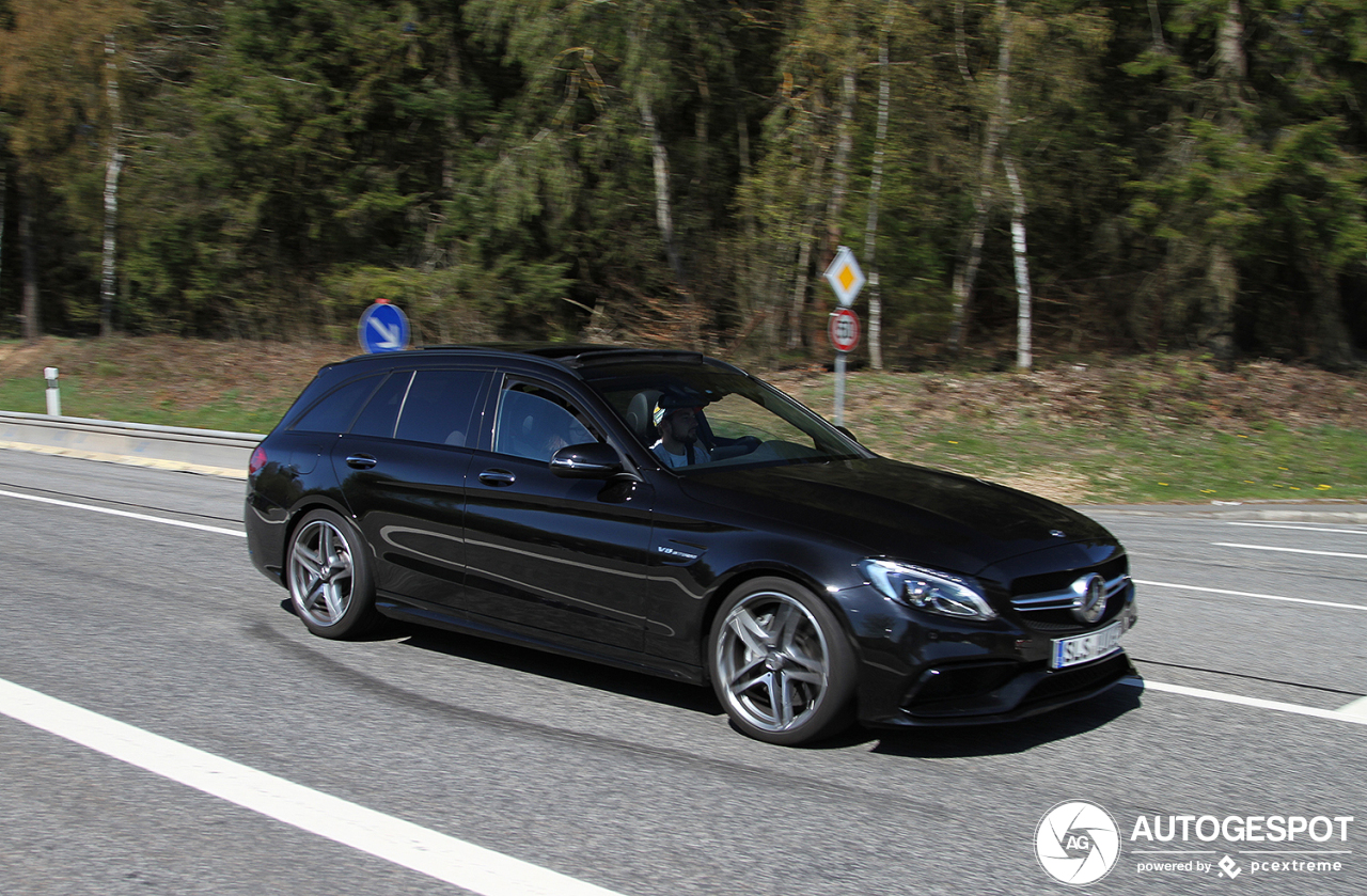 mercedes amg c 63 estate s205 22 april 2019 autogespot. Black Bedroom Furniture Sets. Home Design Ideas