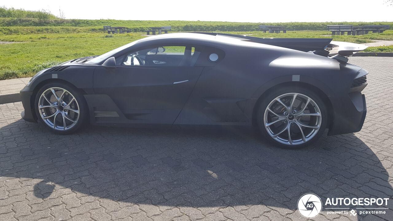 Bugatti Divo in de startblokken