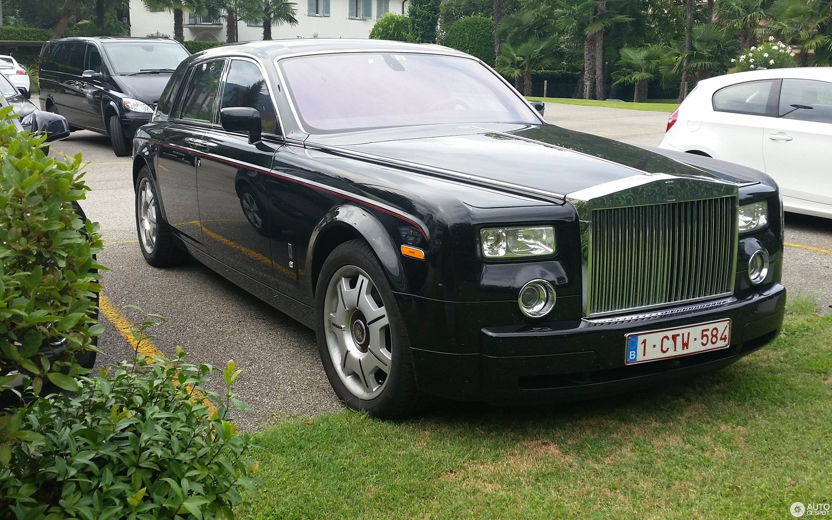 Rolls-Royce Phantom Black