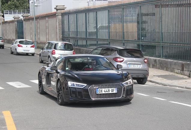 Audi R8 V10 Plus 2015