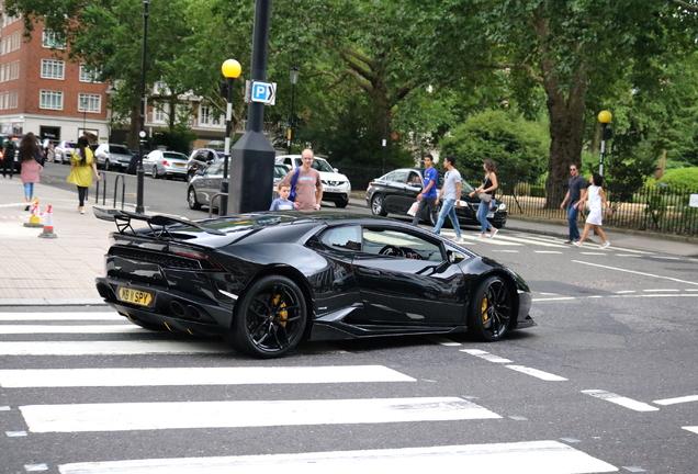 Lamborghini Huracán LP610-4 Nero Design