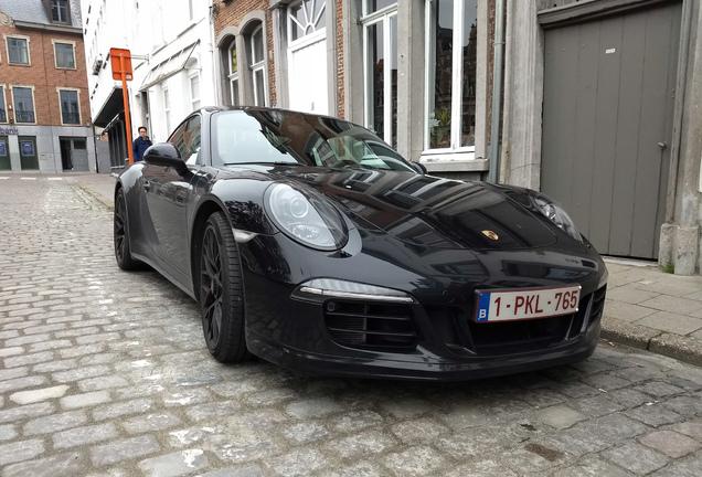 Porsche 991 Carrera 4 GTS