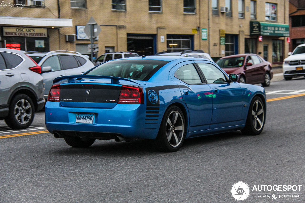 Dodge Charger SRT-8 Super Bee - 30 May 2019 - Autogespot