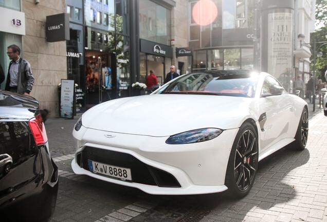 Aston Martin Startech V8 Vantage 2018