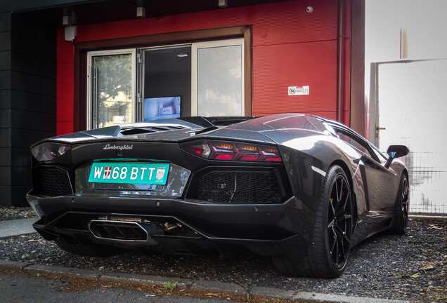 LamborghiniAventador LP700-4 Roadster