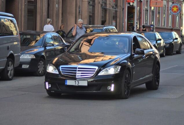Mercedes-Benz Brabus S V12 R
