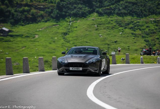 Aston Martin V12 Vantage AMR
