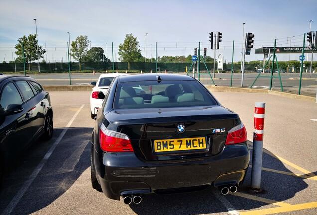 BMW M5 E60 2007