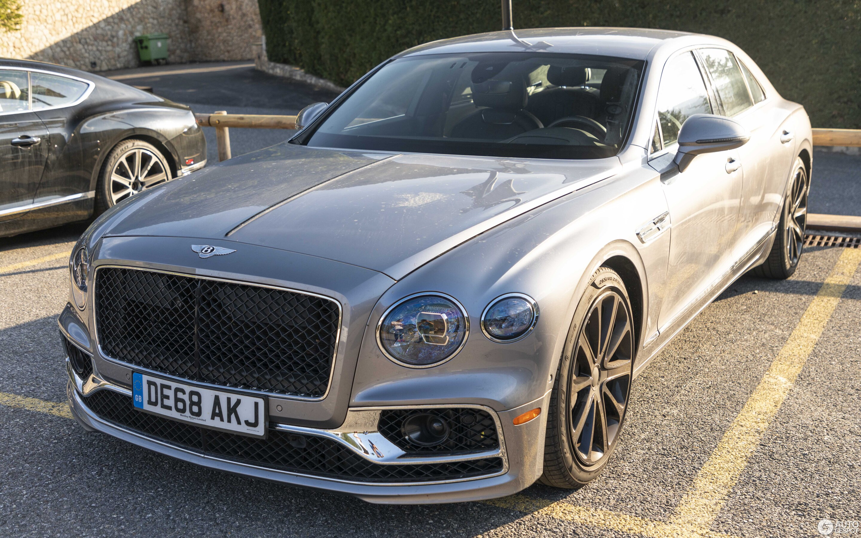 2020 Bentley Flying Spur Photos