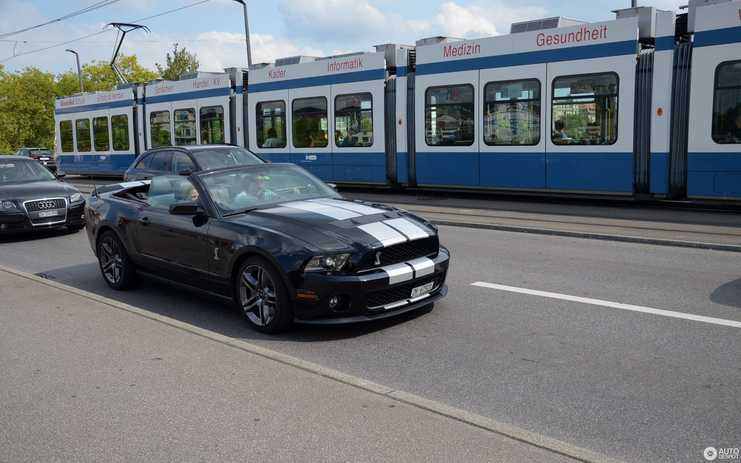 Ford Mustang Shelby GT500 Super Snake Convertible 2010