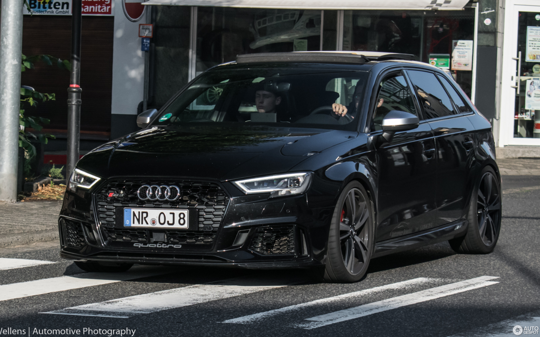 Kelebihan Kekurangan Audi Rs3 Sportback Review