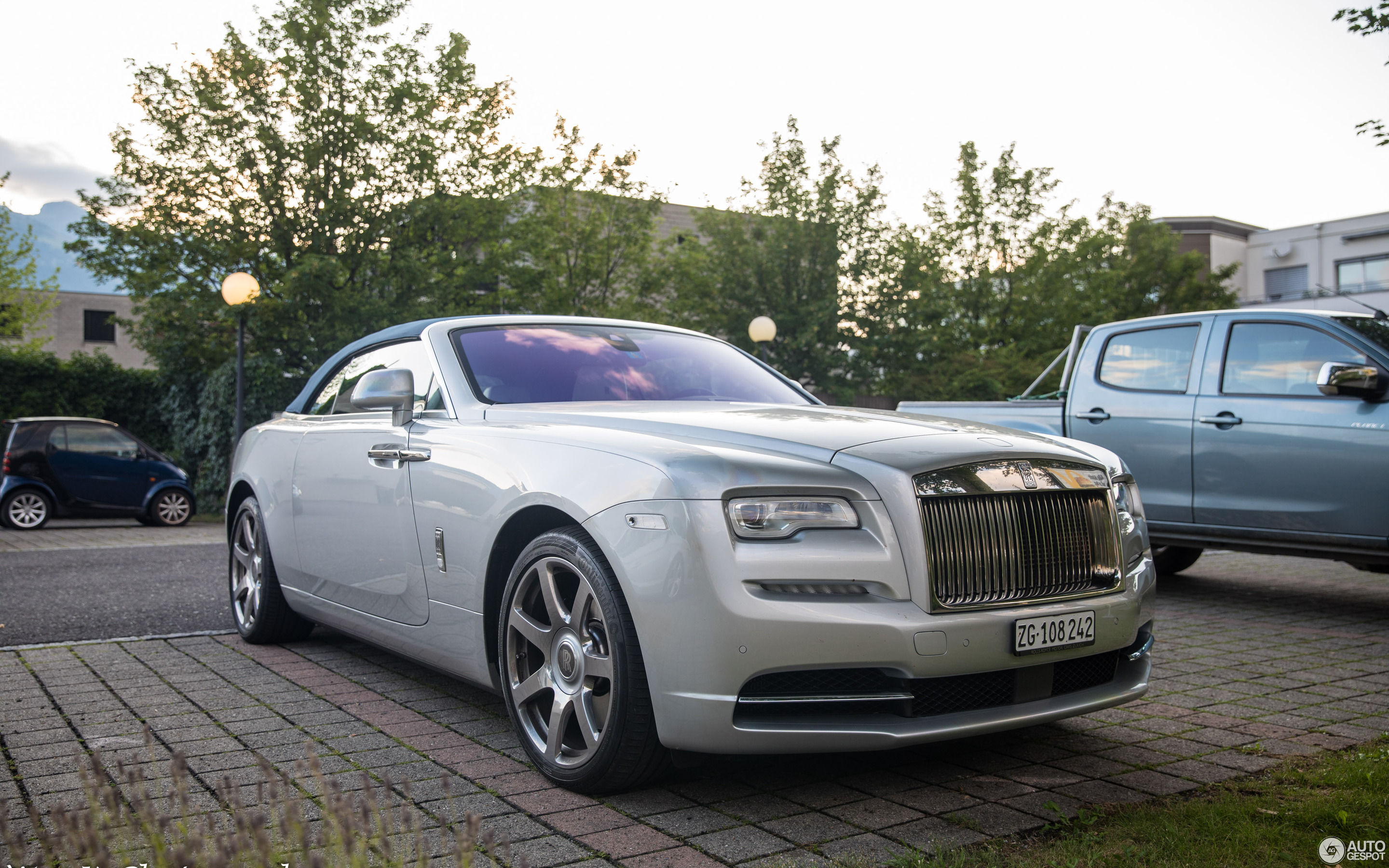Rolls-Royce Dawn