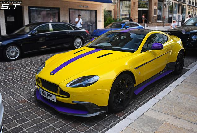 Aston MartinVantage GT8