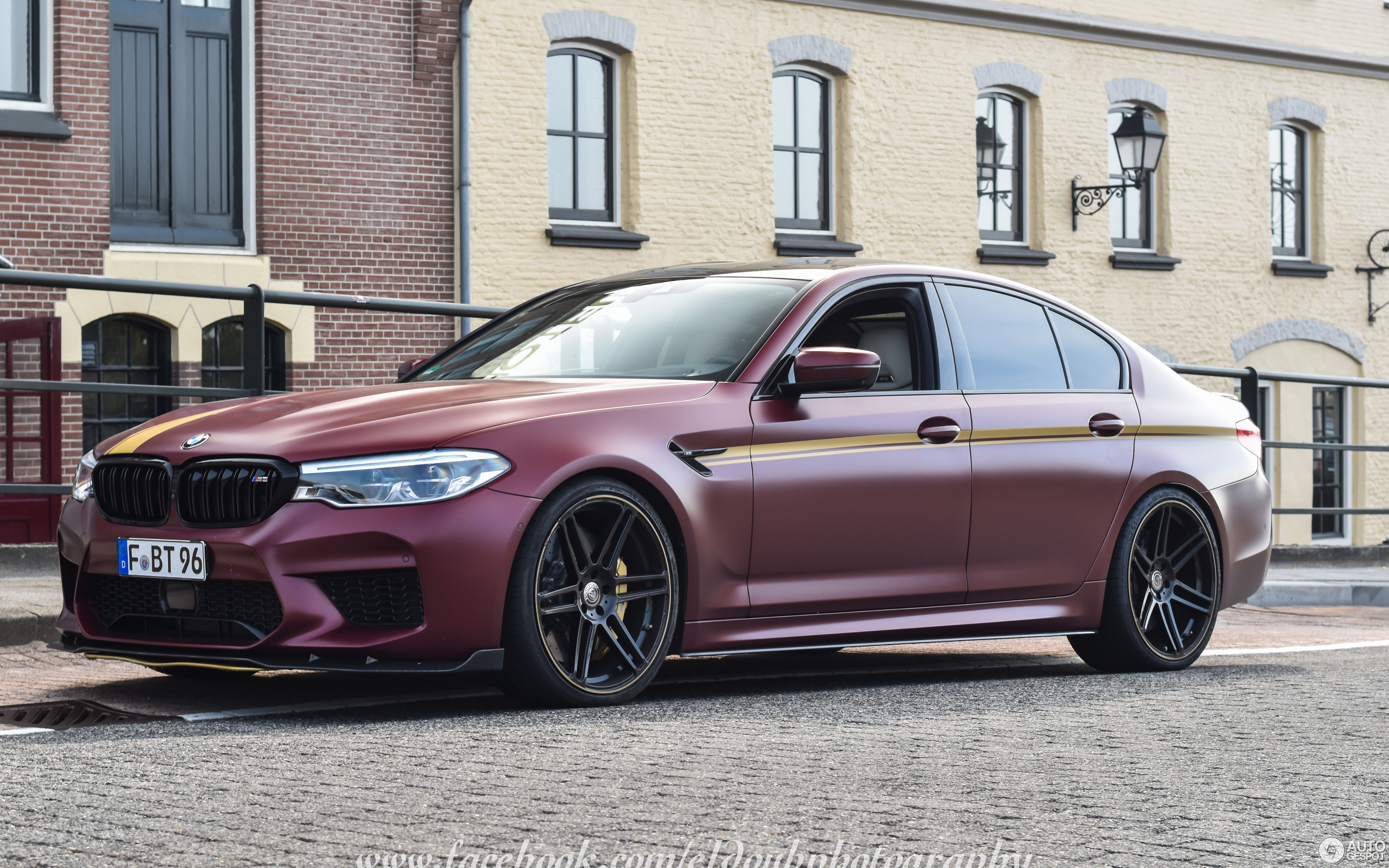 BMW Manhart Performance MH5 700