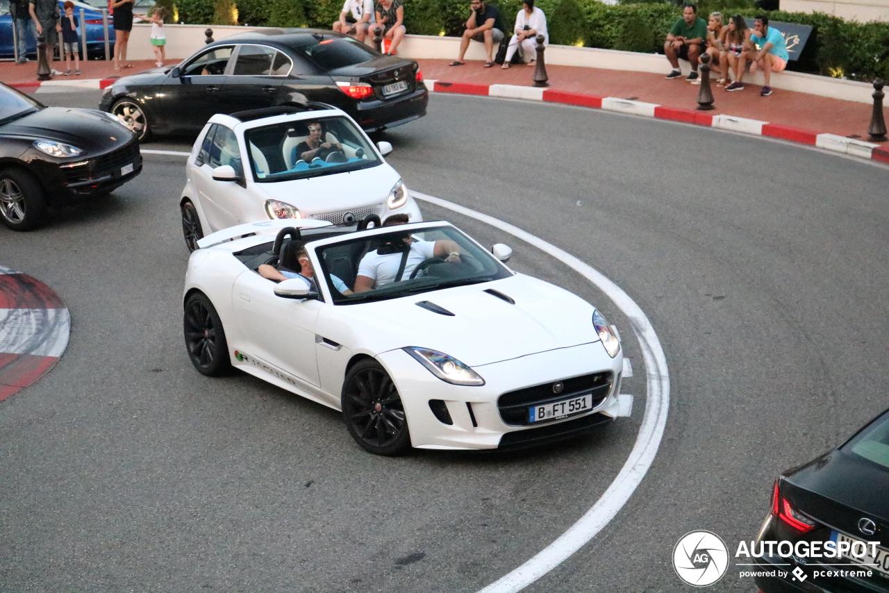 Jaguar F-TYPE R Convertible