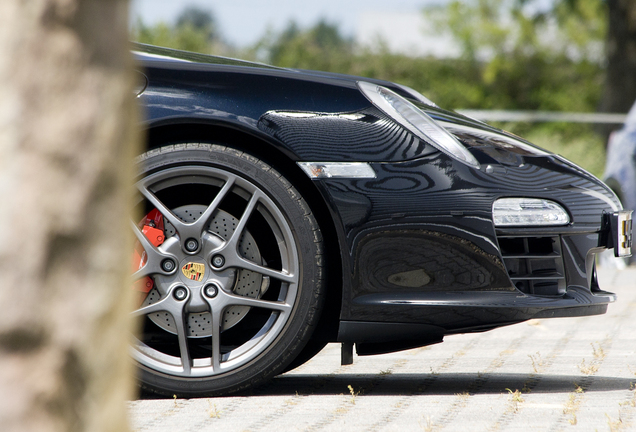 Porsche 997 Carrera 4S MkII Pon Edition