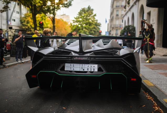 Lamborghini Veneno LP750-4 Roadster