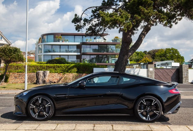 Aston Martin Vanquish S 2017 Ultimate Edition