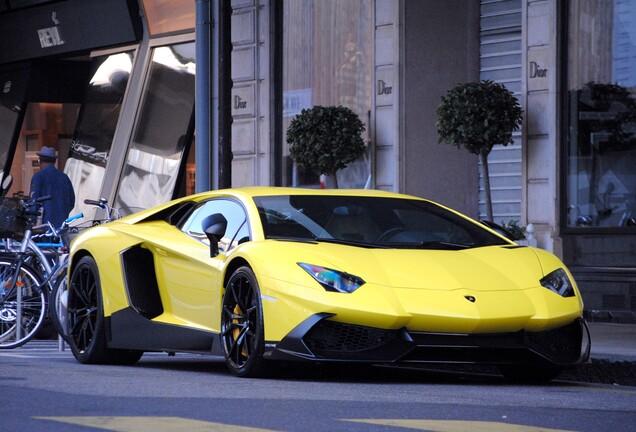 LamborghiniAventador LP720-4 50° Anniversario