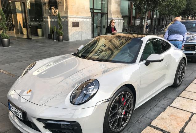 Porsche992 Carrera S