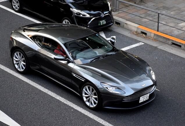 Aston Martin DB11 V8
