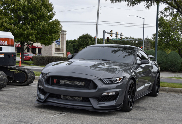 Ford Mustang Shelby GT350 R 2015