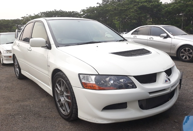 Mitsubishi Lancer Evolution VIII MR