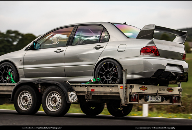 Mitsubishi Lancer Evolution VII Raeder Motorsport