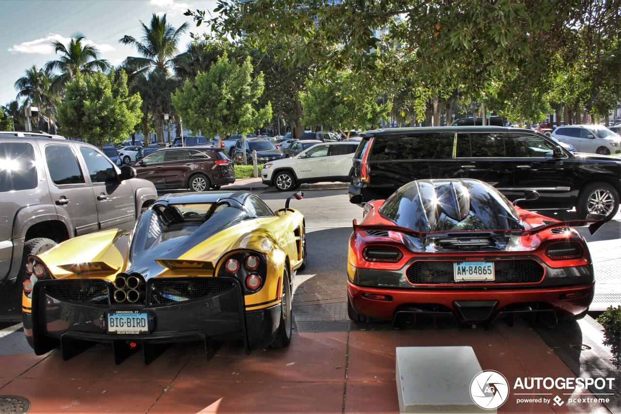 艳阳下的天王超跑:科尼赛克 Agera XS 与帕加尼 Huayra Roadster