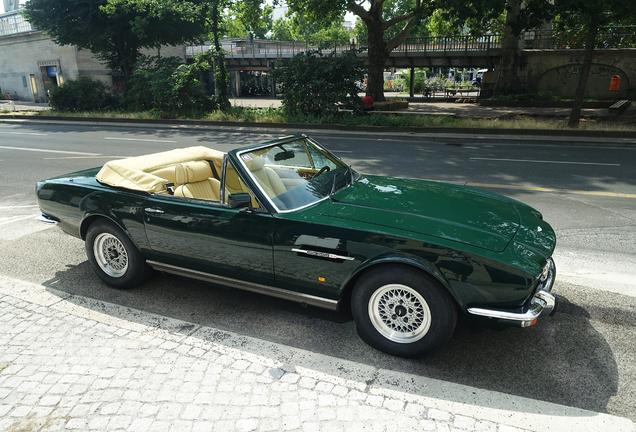 Aston Martin V8 Volante 1978-1990