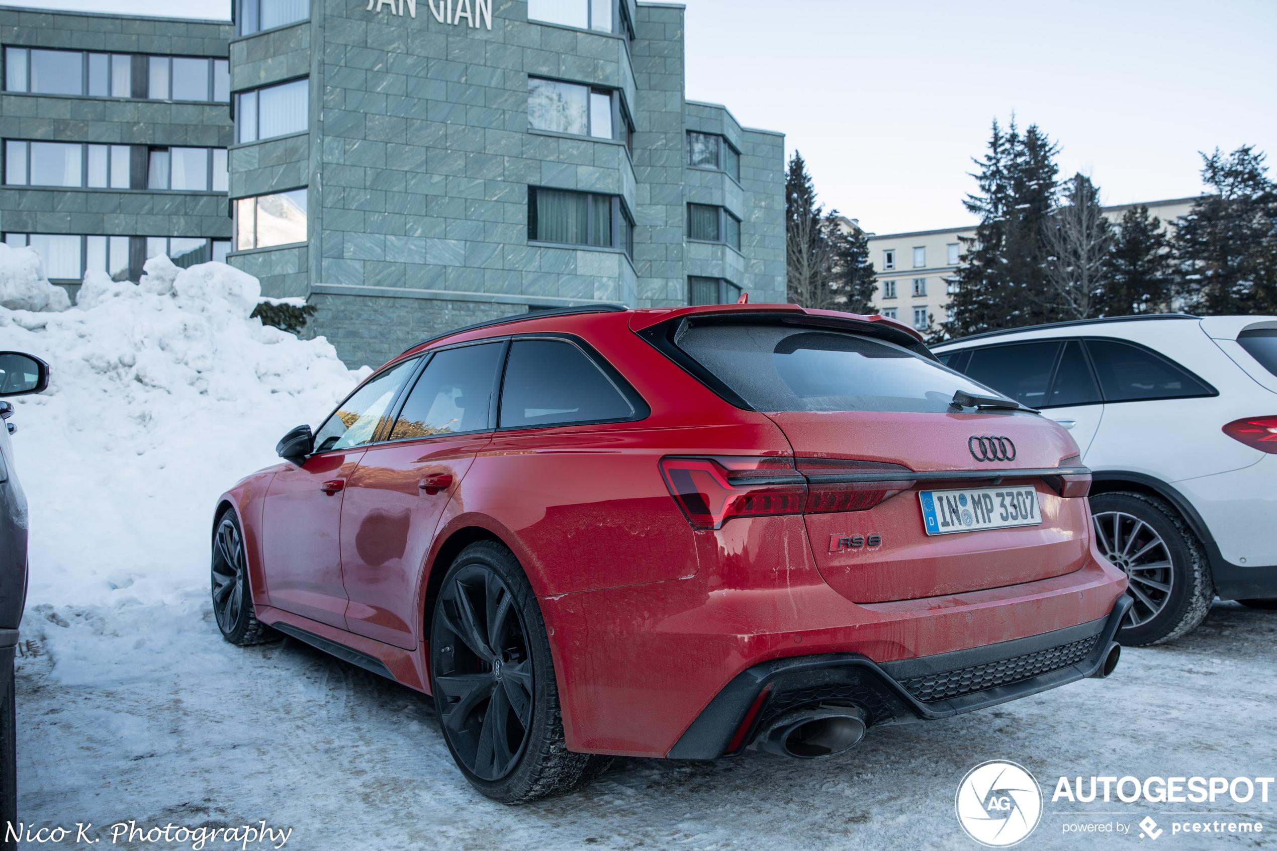 Tuurlijk kan de Audi RS6 Avant C8 door de sneeuw