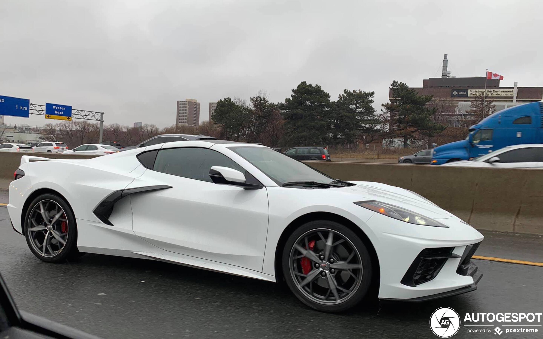 Kelebihan Kekurangan Corvette C8 2019 Review
